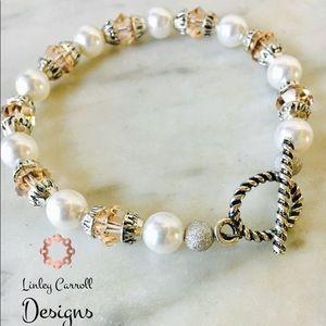 Jewelry - Swarovski Pearl & Peach Crystal Bracelet
